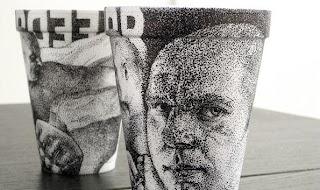 Gelas Styrofoam Dengan Lukisan Indah