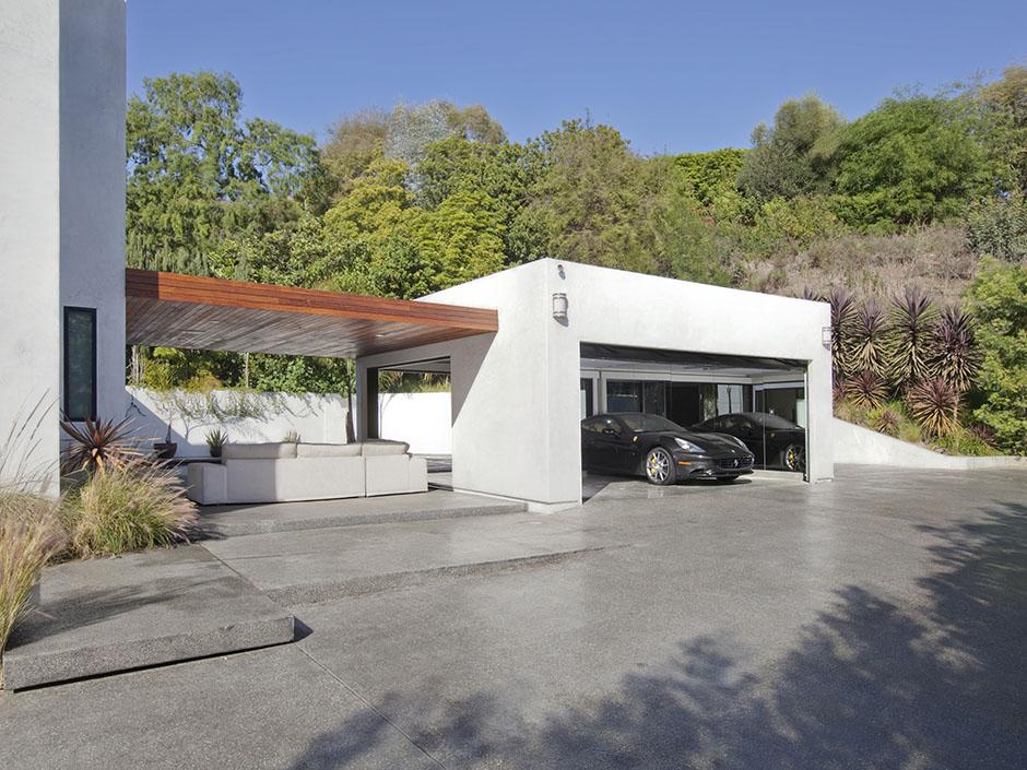 World of architecture modern beverly hills house wood for Modern garage