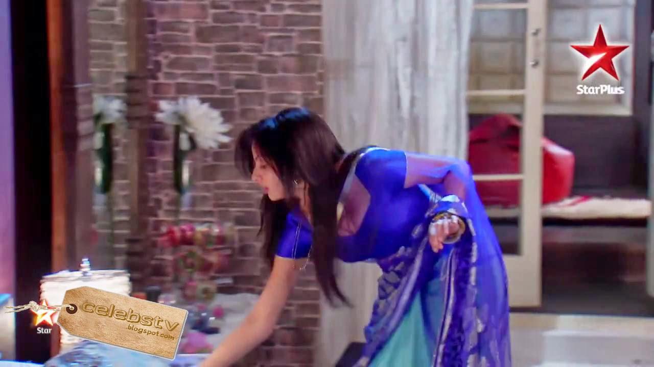 Shrenu Parekh hot sexy transparent saree blouse show Iss Pyaar Ko Kya Naam  Doon Ek Baar Phir Aastha Shlok Agnihotri Sapna