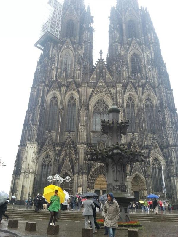 Stofferia Köln farbenfreude visiting cologne
