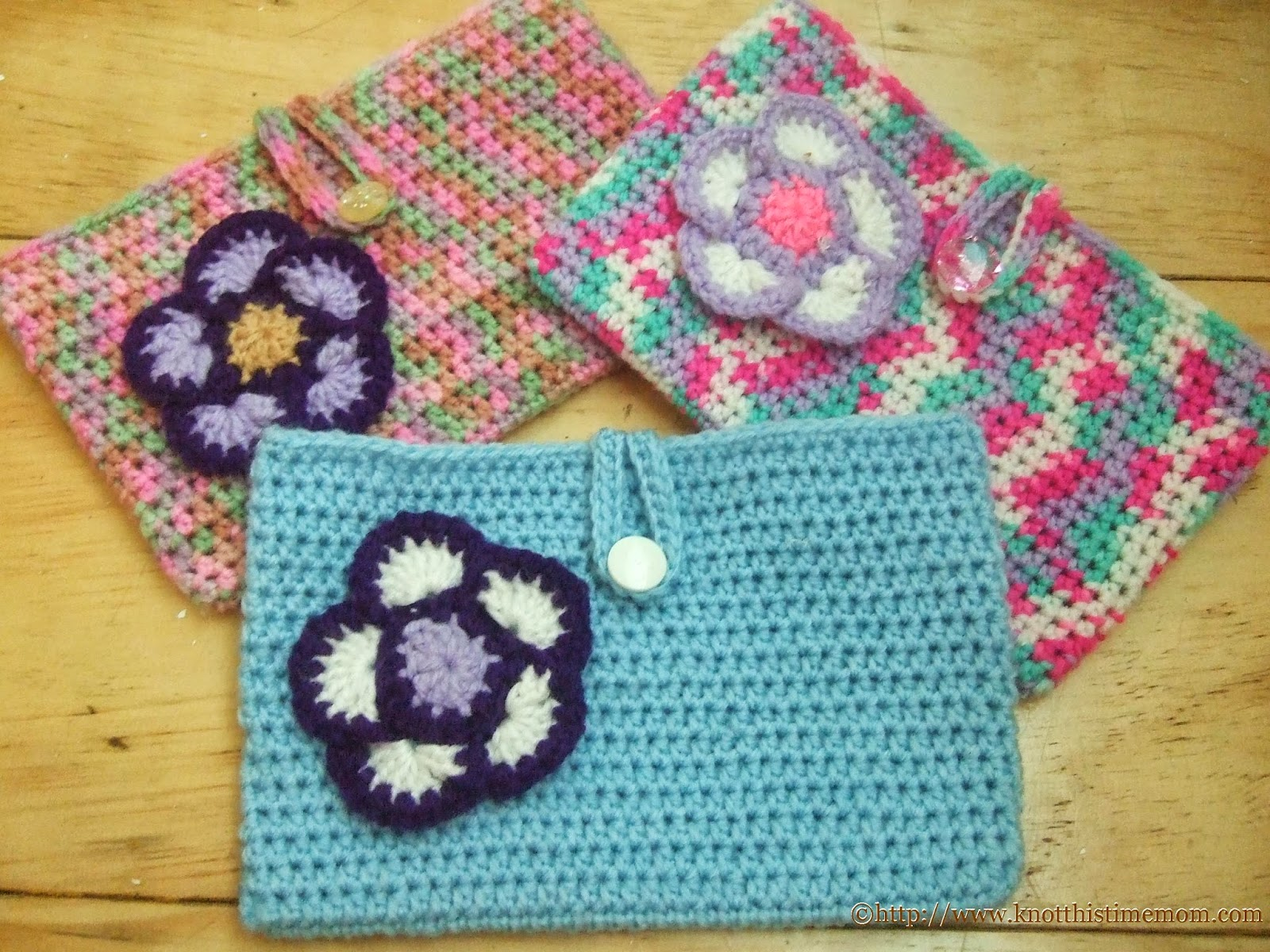 "Easy 7"" Tablet Cozy Cover with Flower Applique"