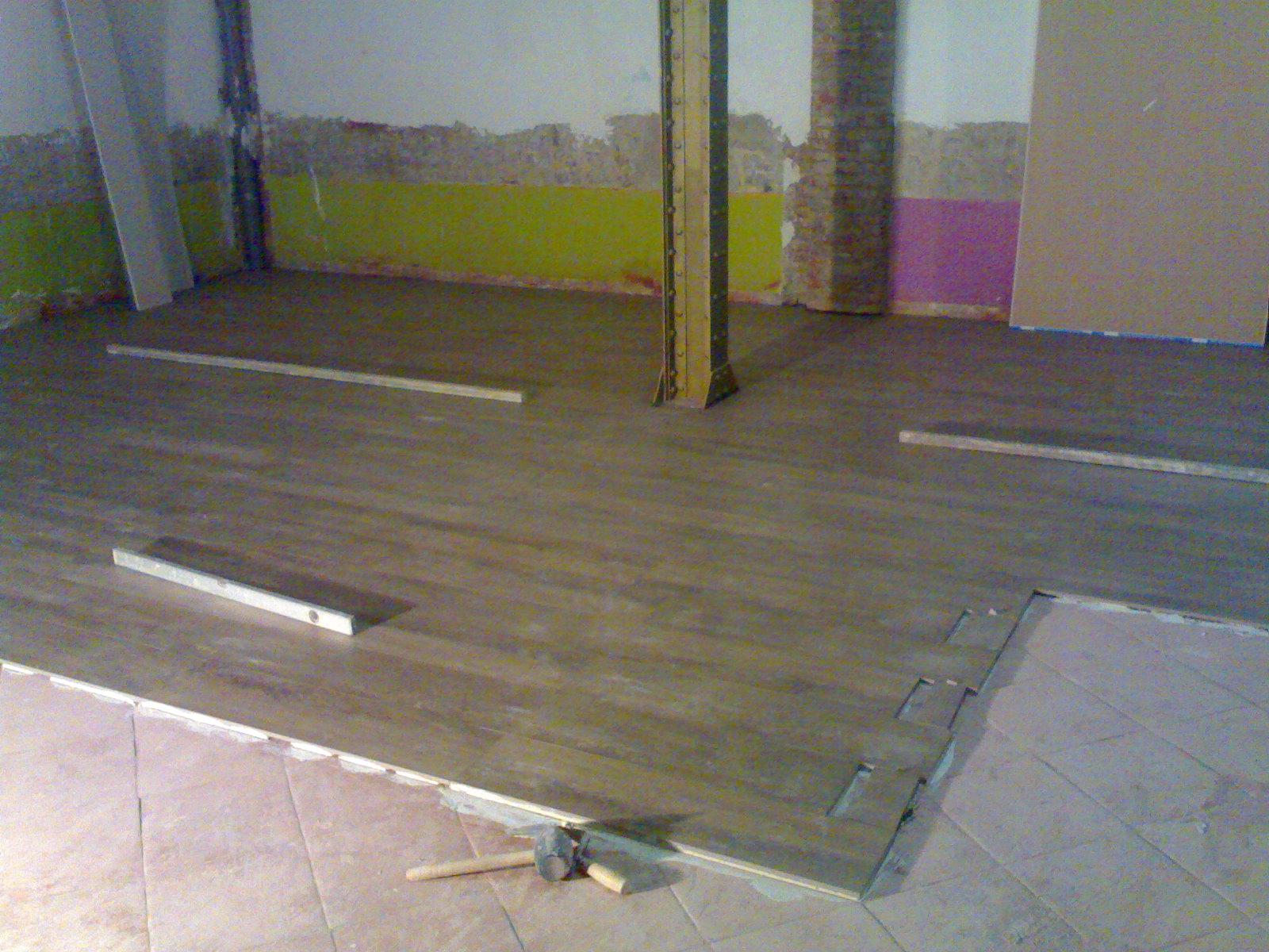 Suelos y z calos quiero reformar mi casa - Colocar suelo porcelanico ...