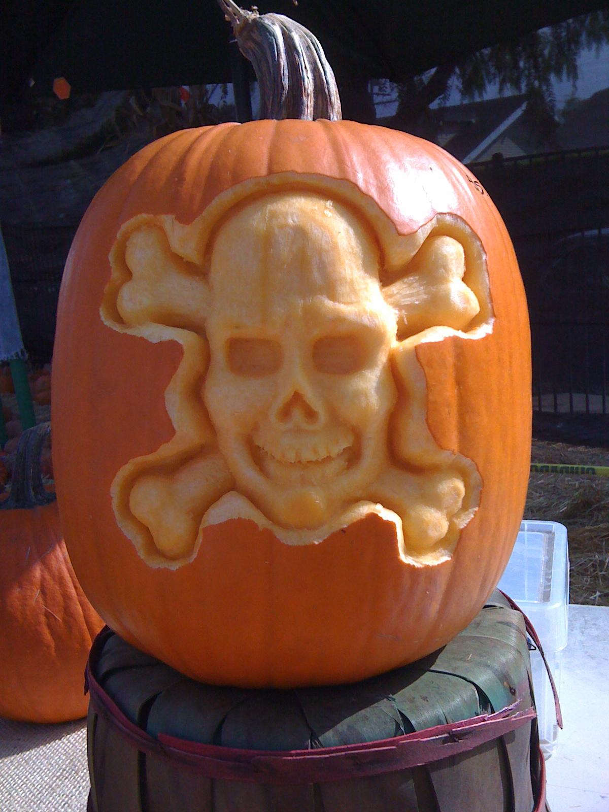 Nick petronzio sculpture halloween pumpkin carvings