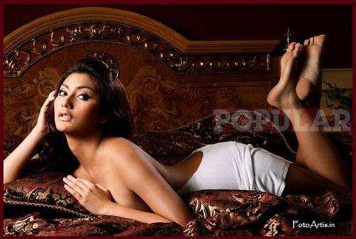 Tyas Mirasih for Popular Magazine | Klub Cewek Cantik