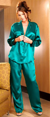 Silk Pajamas, ladies clothing, women's stylish dressings style, women's style, Holiday outfits, stylish dressing, holiday clothes