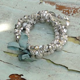 Elasticated silver bracelet by Anusha