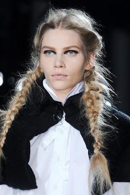 Fall/Winter 2011-2012 Hairstyle Trends-Y3