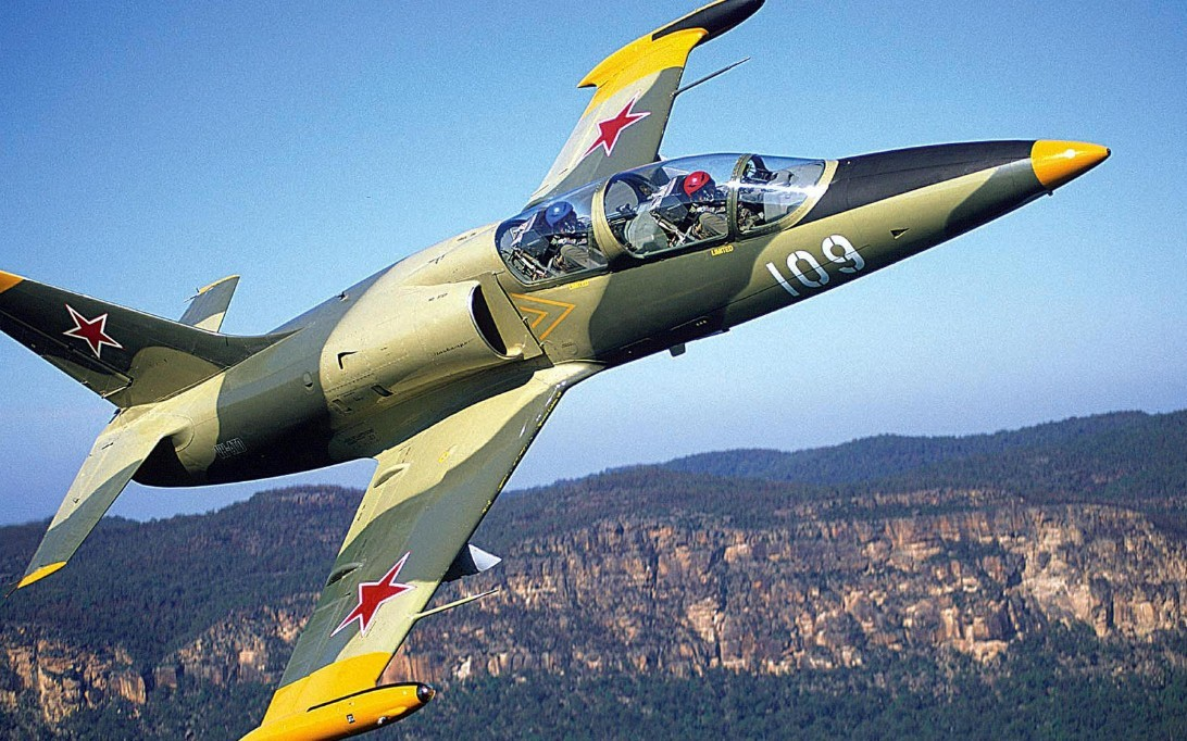 Aero L-39 Albatros Aircraft Wallpaper 2