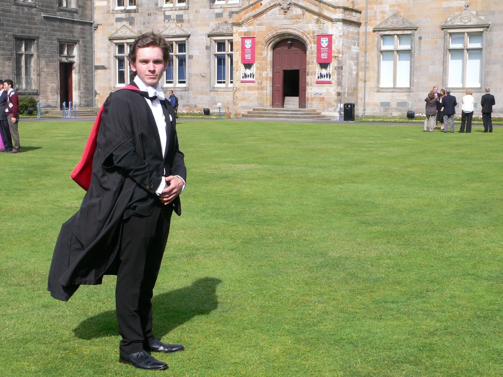 What To Wear Graduation Male | Daltononderzoek