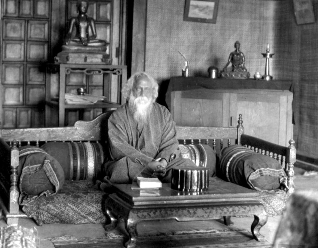 rabindranath tagore as a poet essay Selected poems (tagore, rabindranath) to read find this pin and more on rabindranath tagore by gmsc1946 from selected poems rabindranath tagore in hindi essay read this sample essay on the poet rabindranath tagore in hindi language.