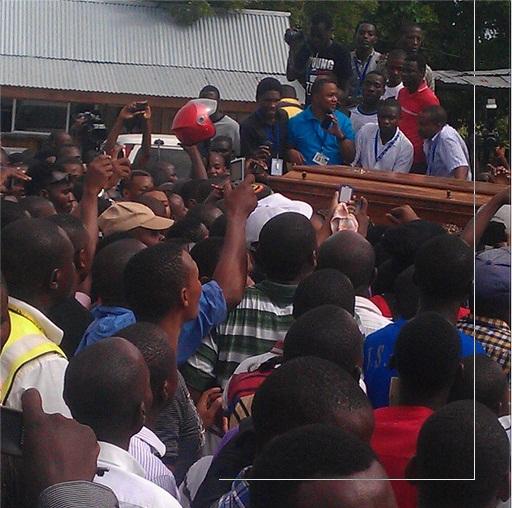 BREAKING NEWS: Hatimaye Mwili wa Mangwea Wawasili Jione Picha hapa