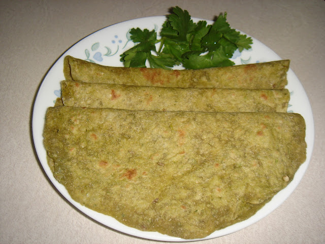 Coriander leaves/Cilantro Chapathi