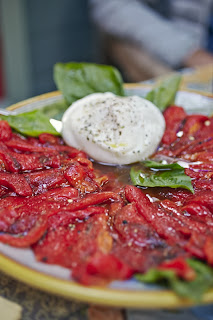 Aperitivo italiano with burrata and roasted peppers