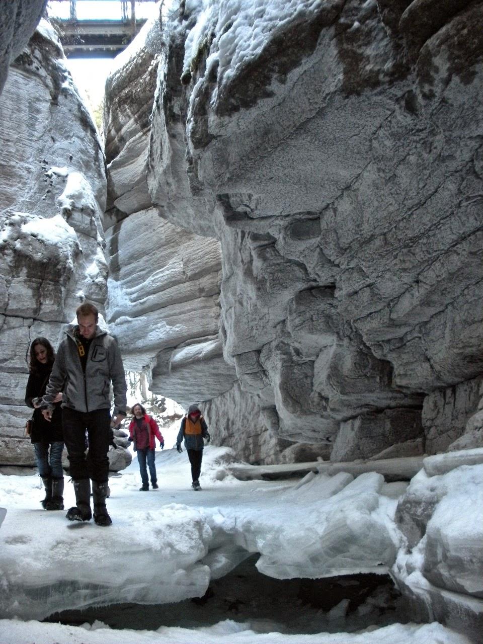 maligne canyon ice walk tour