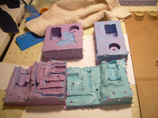 these molds are for various pieces for the Thunderbolt and are made using Smooth On's Oomoo 25 and 30 silicone rubbers.