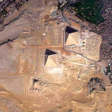 人文研究見聞録:大仙陵古墳(仁徳天皇陵) [大阪府]  ギザのピラミッド 大仙陵古墳には、そもそ
