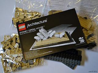 lego sydney opera house - inside the box