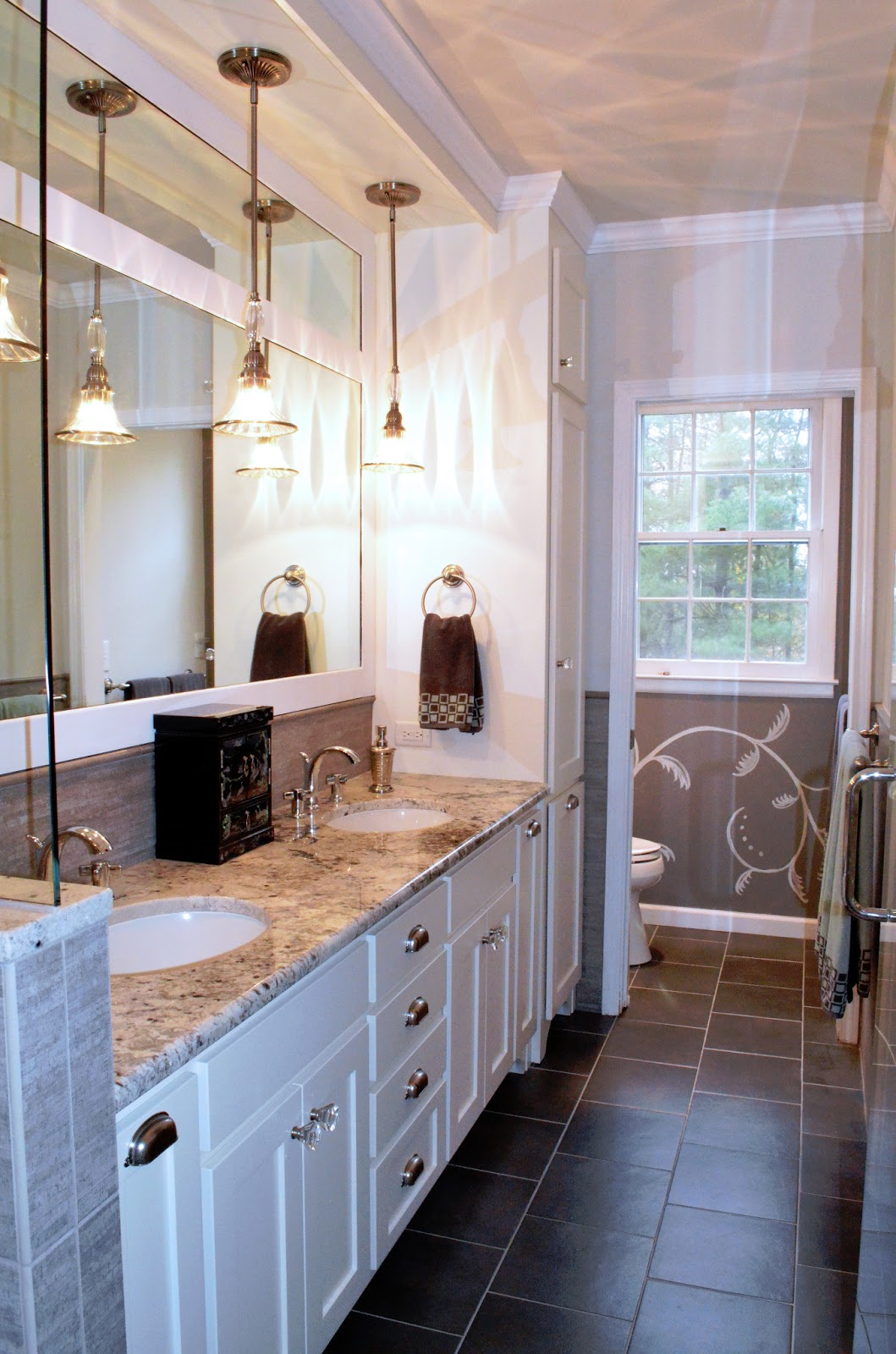 Home design trends the transitional design style for Master bath remodel trends