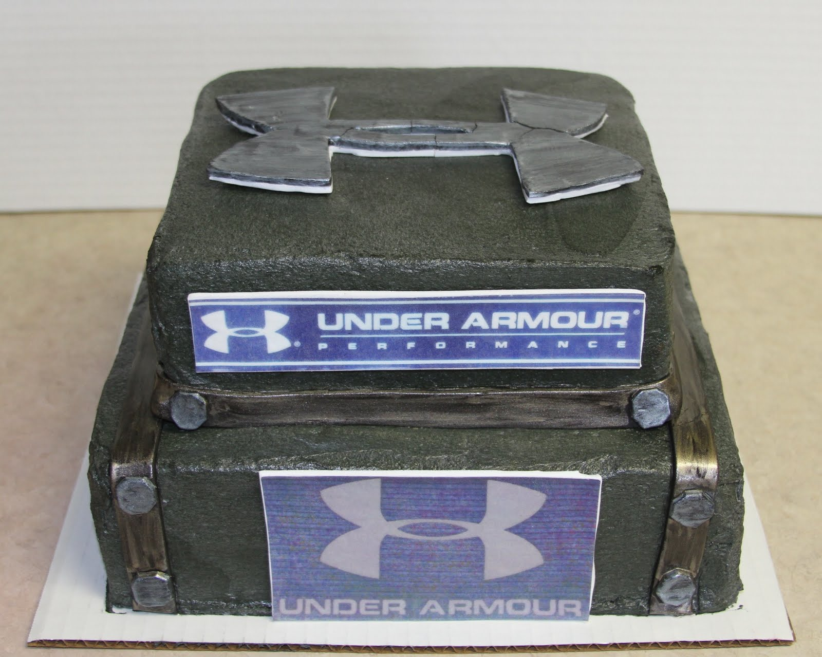Michele Robinson Cakes Under Armour Cake