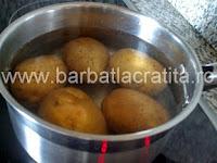 Chiftele de cartofi preparare reteta