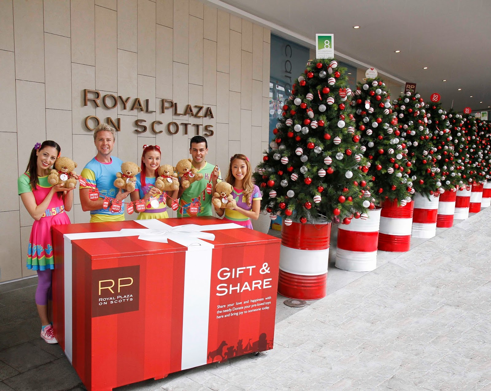 GIFT & SHARE WITH ROYAL PLAZA ON SCOTTS FOR THE LESS PRIVILEGED THIS ...