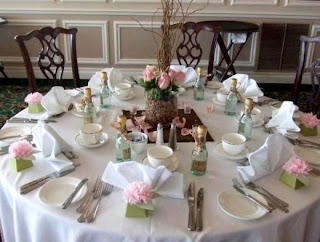 Amazing Bridal Shower Table Decorations