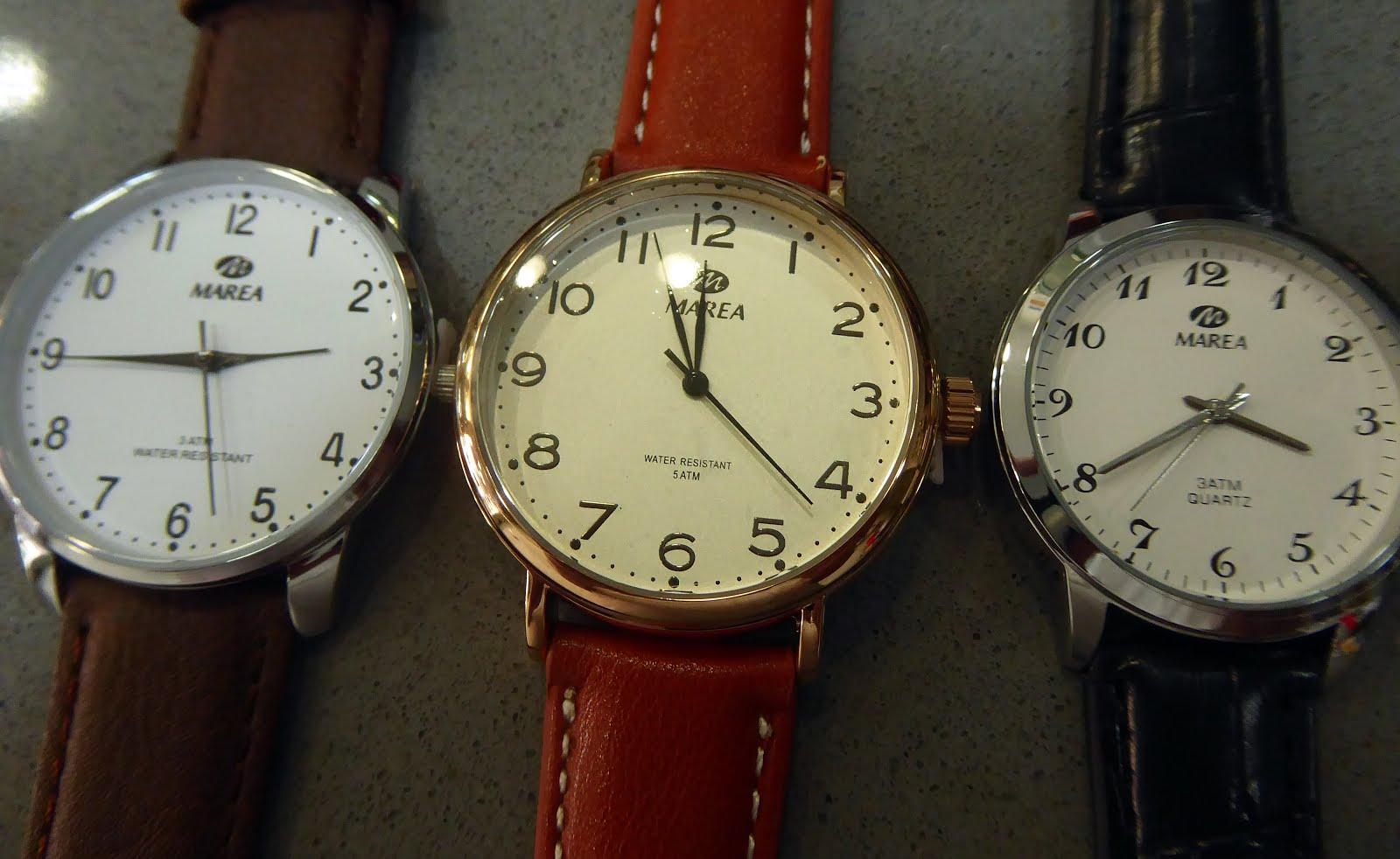 Relojes clásicos con números grandes