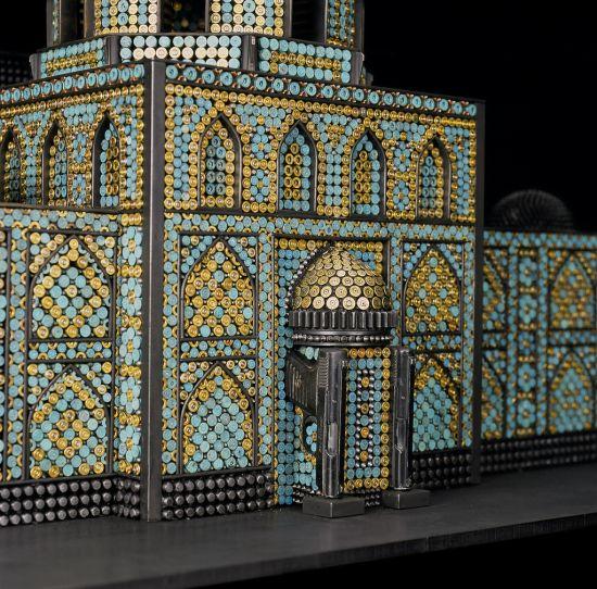al farrow esculturas relicários templos religiosos símbolos armas munição Templo muçulmano