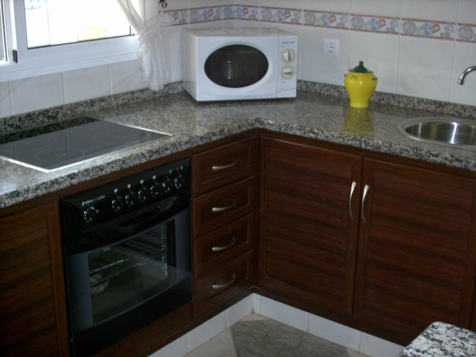 Cocinas aluminios le n for Muebles cocina leon