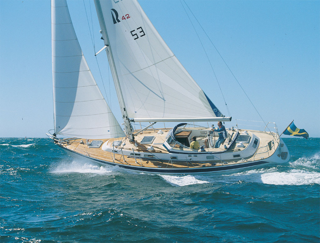 Hallberg Rassy 42 Frers (1991-2001). Posted by robiflinstone at 13:58