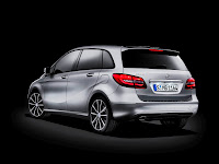 2012 New Look Mercedes-Benz B 200 W246 Official Image