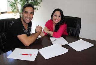 Perlla assina contrato com a gravadora Mess e planeja lançamento de novo álbum
