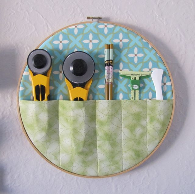 Alamosa quilter embroidery hoop tool holder
