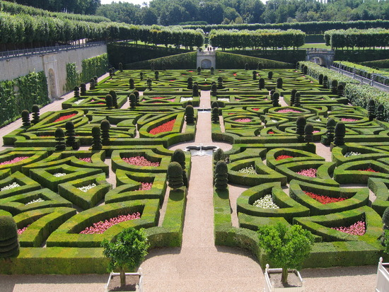 THE GARDENS OF MATHS: The Garden of Love at the Loire Valley Chateau ...