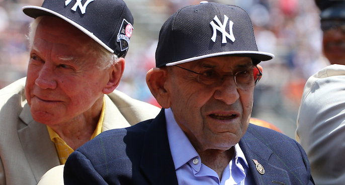 Hall of Fame catcher Yogi Berra dies at 90