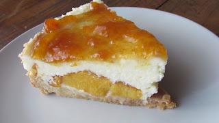 Tarta de queso, limón y melocotón, receta
