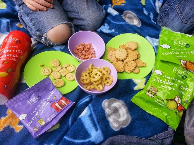 A Paddlepak from Trunki and Ella's Kitchen children's snack range picnic