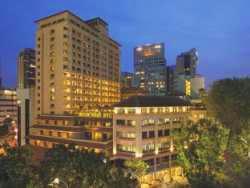 Harga Hotel Bintang 4 di Singapore - Orchard Parade Hotel
