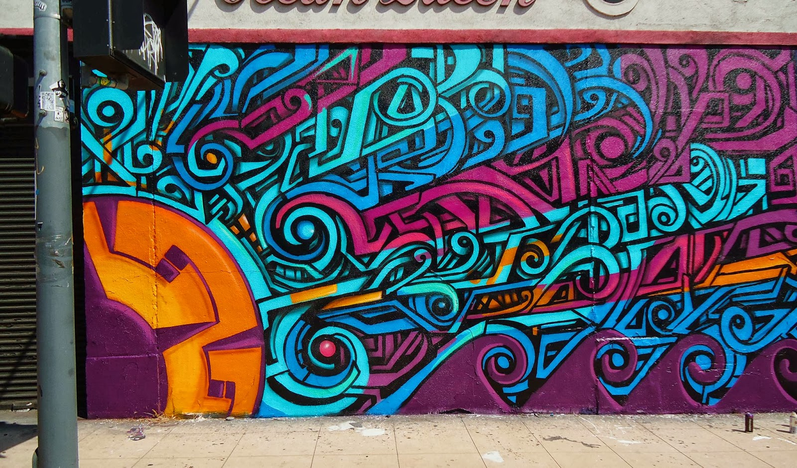 Graffiti creator with pictures Cached