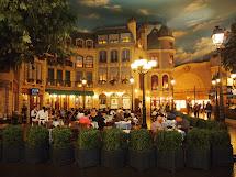 Fatboy Las Vegas - St Louis Cafe Paris Hotel