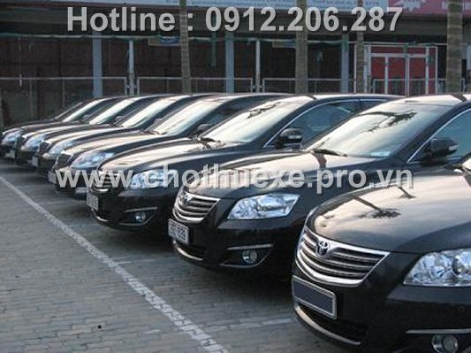 Dịch vụ cho thuê xe 4 chỗ Toyota Camry uy tín nhất Hà Nội
