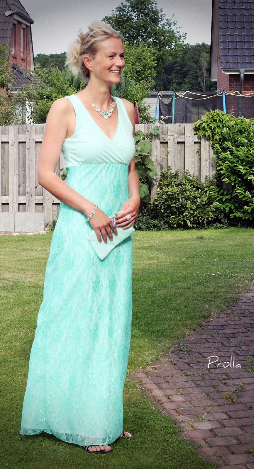 Frau Luise wird zum Maxikleid und geht zur Hochzeit – Prülla