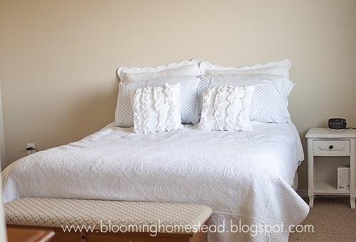 Blooming Homestead Master Bedroom Quilt In Progress
