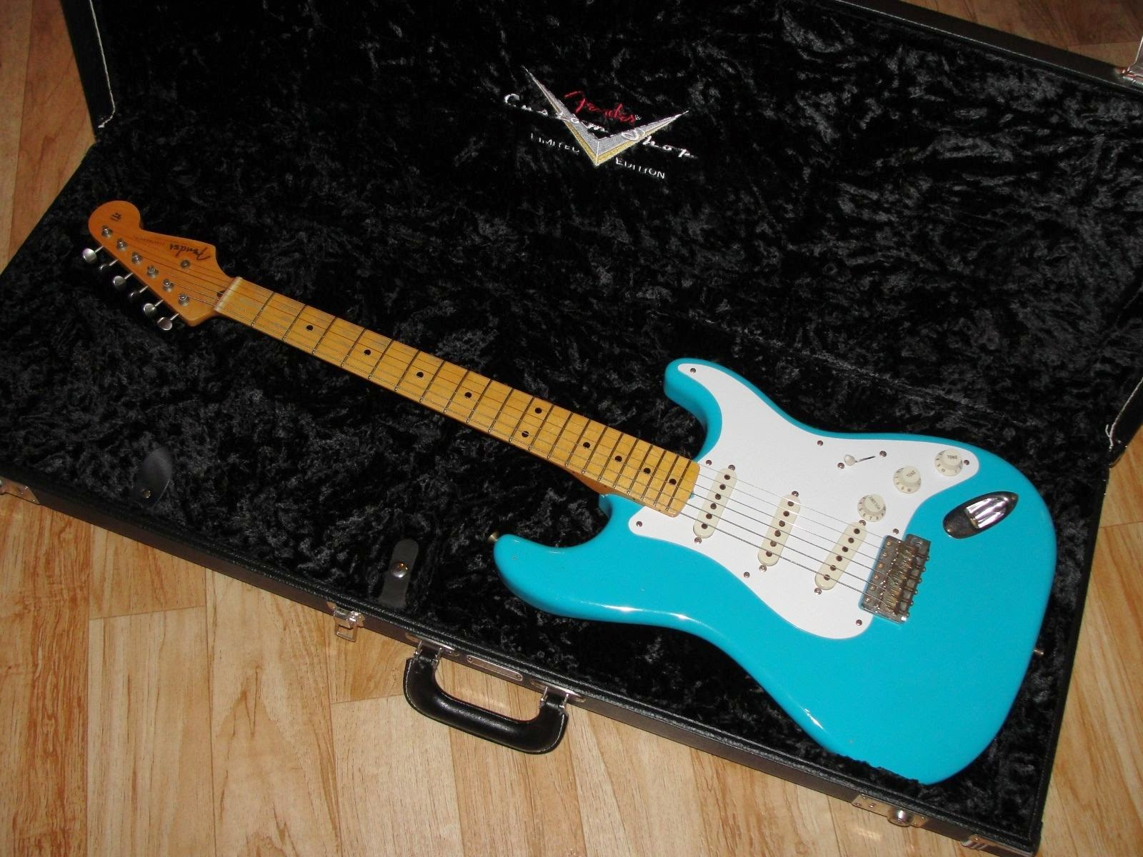 Fender Custom Shop '56 Strat Taos Turquoise