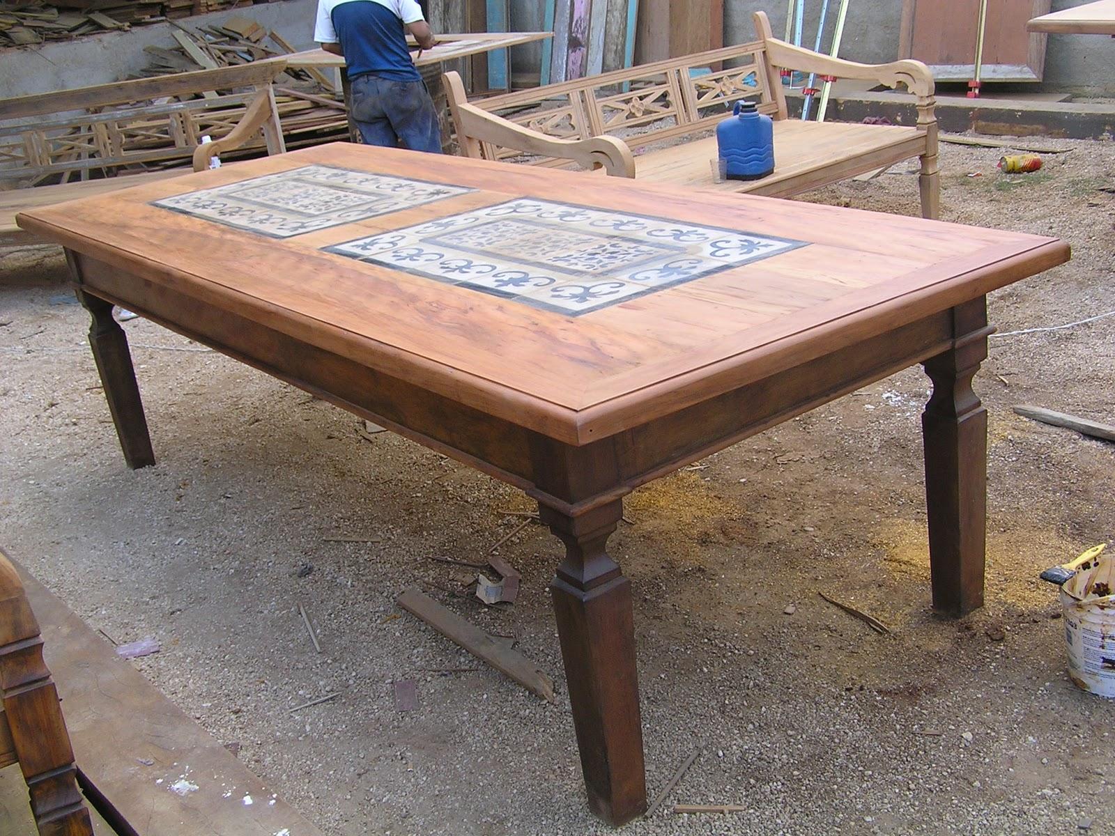 Mesa jantar em madeira demolição Peroba com ladrilho hidraulico #935638 1600x1200