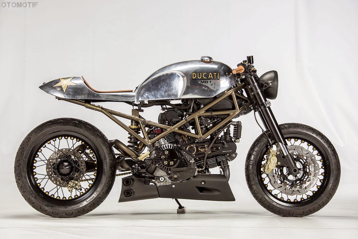 Il Ducatista Desmo Magazine Ducati Monster 1000 Cafe Racer