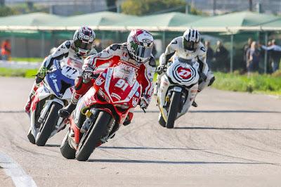 Συγκλονιστική νίκη του Πίππου και της Ducati στα Μέγαρα