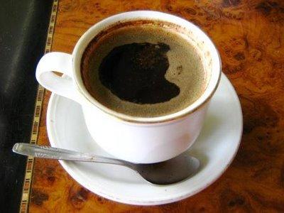 terlalu banyak kafein