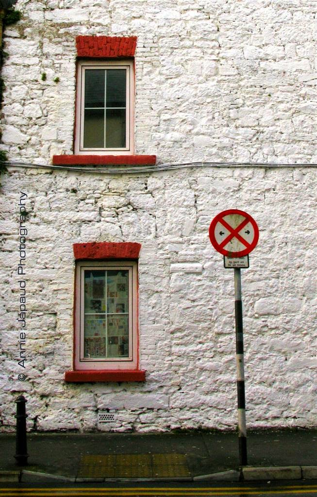 window, wall, street sign, Galway city
