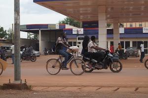 5 Minuten Tankstelle in Ouagadougou